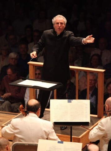 Manfred Honeck leading the BSO. Photo Hilary Scott.
