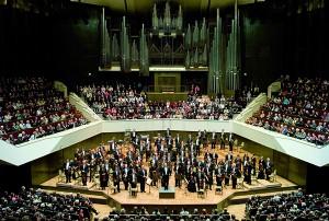 Applause at the end of a Gewandhaus Concert. Photo von Mothes.
