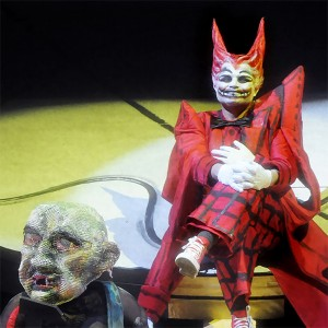 Mime and Loge converse in Nibelheim. From Das Rheingold, Los Angeles, 2010, directed by Achim Freyer