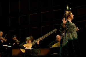 Laura Pudwell performs the role of Dido along with the BEMF Chamber Ensemble in the Boston Early Music Festival production of Purcell's Dido and Aeneas. Photo André Costantini.