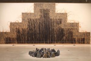 Richard Long, Spring showers circle, 1992 and Southern gravity, 2011. Photo © 2011 Alan Miller.