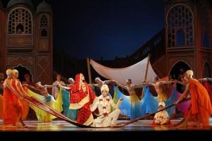 Artists of The Australian Ballet in Graeme Murphy's Romeo & Juliet. Photo by Jeff Busby.