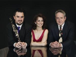 TrioKROMA: Jason Zanthoudakis, Elena Xanthoudakis, and Clemens Leske.