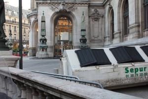 Les coulisses des coulisses, Opéra Garnier. Photo © Alan Miller 2012.