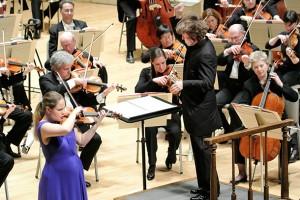 Leila Josefowicz and Esa-Pekka Salonen in his Violin Concerto. Photo Stu Rosner.