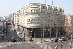 Le post-modernisme parisien, Avenue Daumesnil. Photo © Alan Miller 2012.