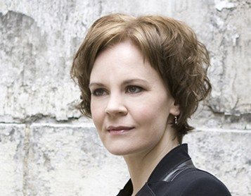 Conductor Susanna Mälkki. Photo Simon Fowler.