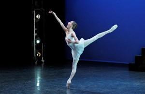 Anaïa Chalendard in Balanchine and Stravinsky's Apollo. Photo by Laurent Liotard.