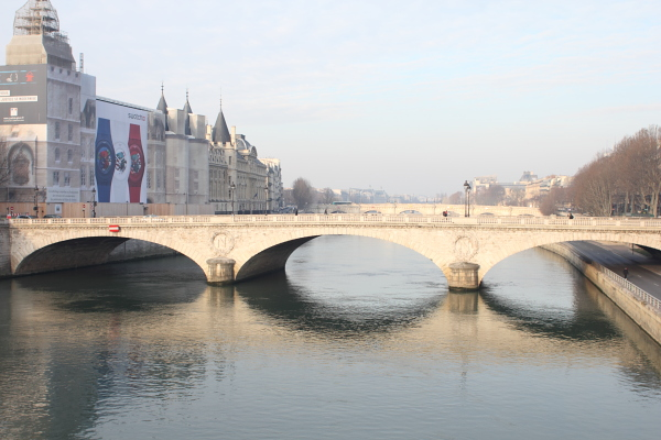 La Seine. Photo © 2012 Alan Miller.