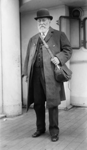 Camille Saint Saëns arrives in the United States