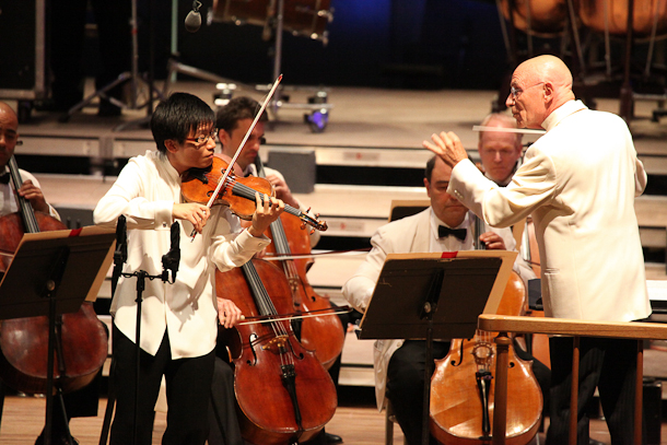 Christoph Eschenbach leads the BSO with Dan Zhu at Tanglewood. Photo Hilary Scott.