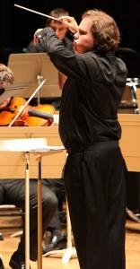 Jonathan Berman conducting the Tanglewood Music Center Orchestra. Photo Hilary-Scott/