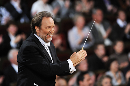 Riccardo Chailly conducts the Leipzig Gewandhaus Orchestra