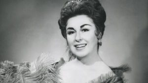 Phyllis Curtin