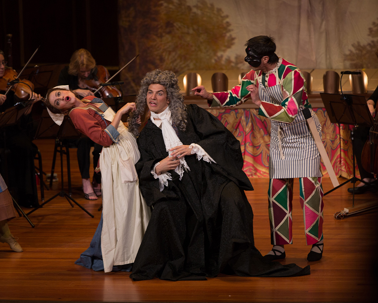 Amanda Forsythe, Douglas Williams, and Carlos Fittante in Pergolesi's La Serva Padrona. Photo Kathy Wittman.